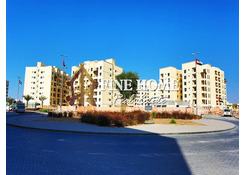2BR w Balcony+Parking /Vacant Now in Baniyas