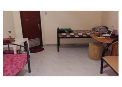 Room available for rent kabayan only location hamdan street